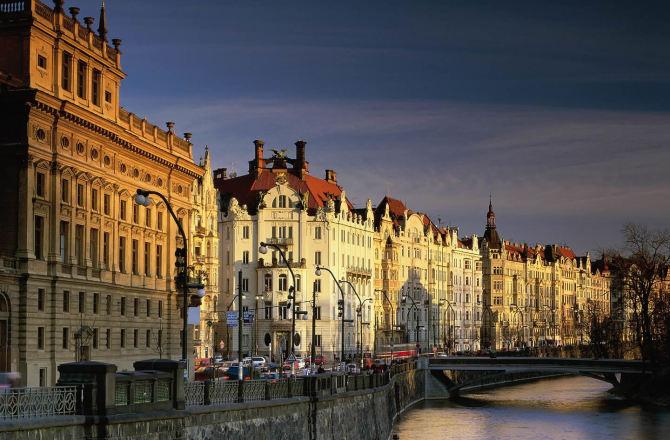 Trovare lavoro a Praga: dieci cose da sapere prima di cominciare a cercare.
