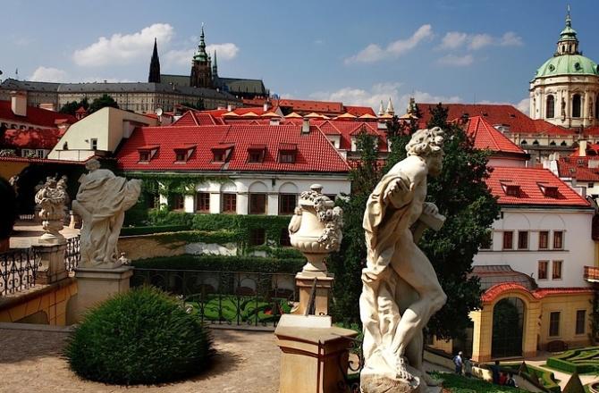 Il giardino Vrtbovska, un gioiello barocco a Praga.