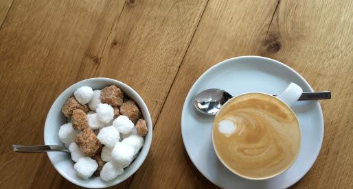 Cucina ceca a Praga: kavarna, caffetteria e cafè.