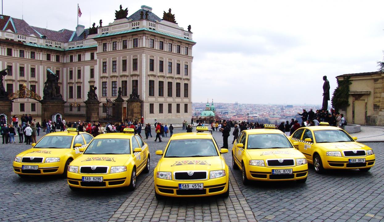 aaa-taxi_1
