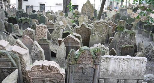 Imperdibili a Praga: il cimitero ed il quartiere ebraico.