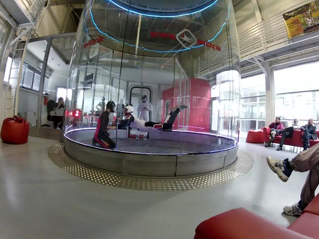 Skydiving Arena 2