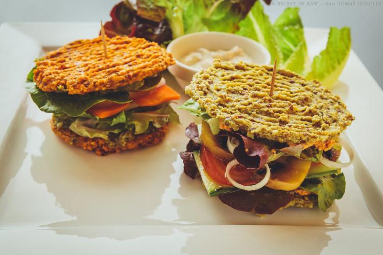 burger-combo raw