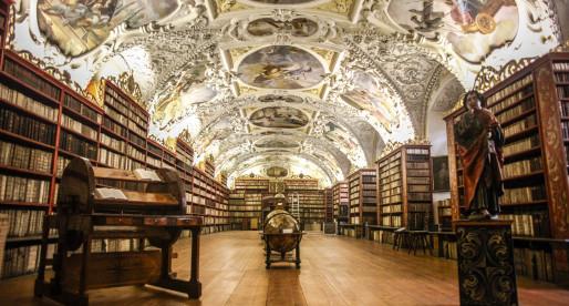 Praga alternativa senza Castello e Ponte Carlo.