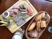 Cucina tradizionale a Praga: il cibo come lo mangiano i cechi.