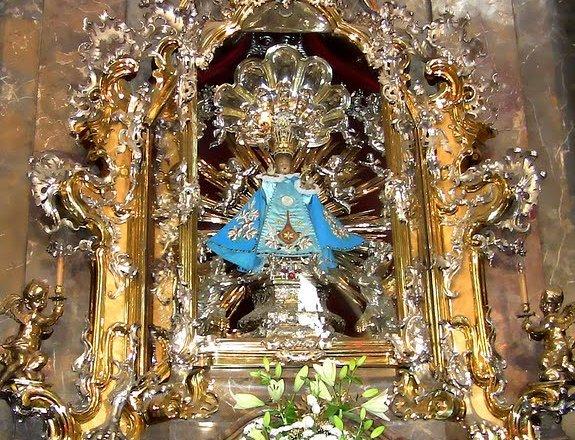 Il Bambino Gesù di Praga e la Chiesa della Vittoria